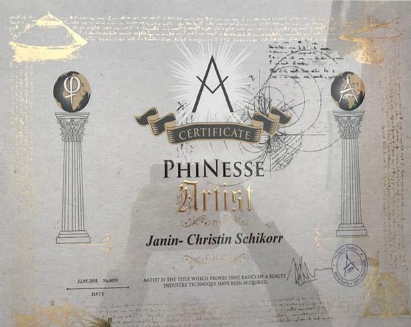 Zertifikat von Janin-Christin Schikorr über Qualifikation zur PhiNesse Artistin